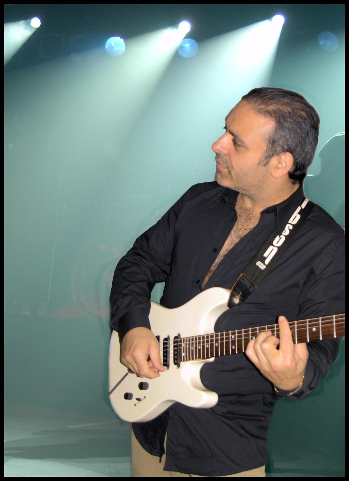Tanta Voglia di Lei -chitarra voce- by Pietr8